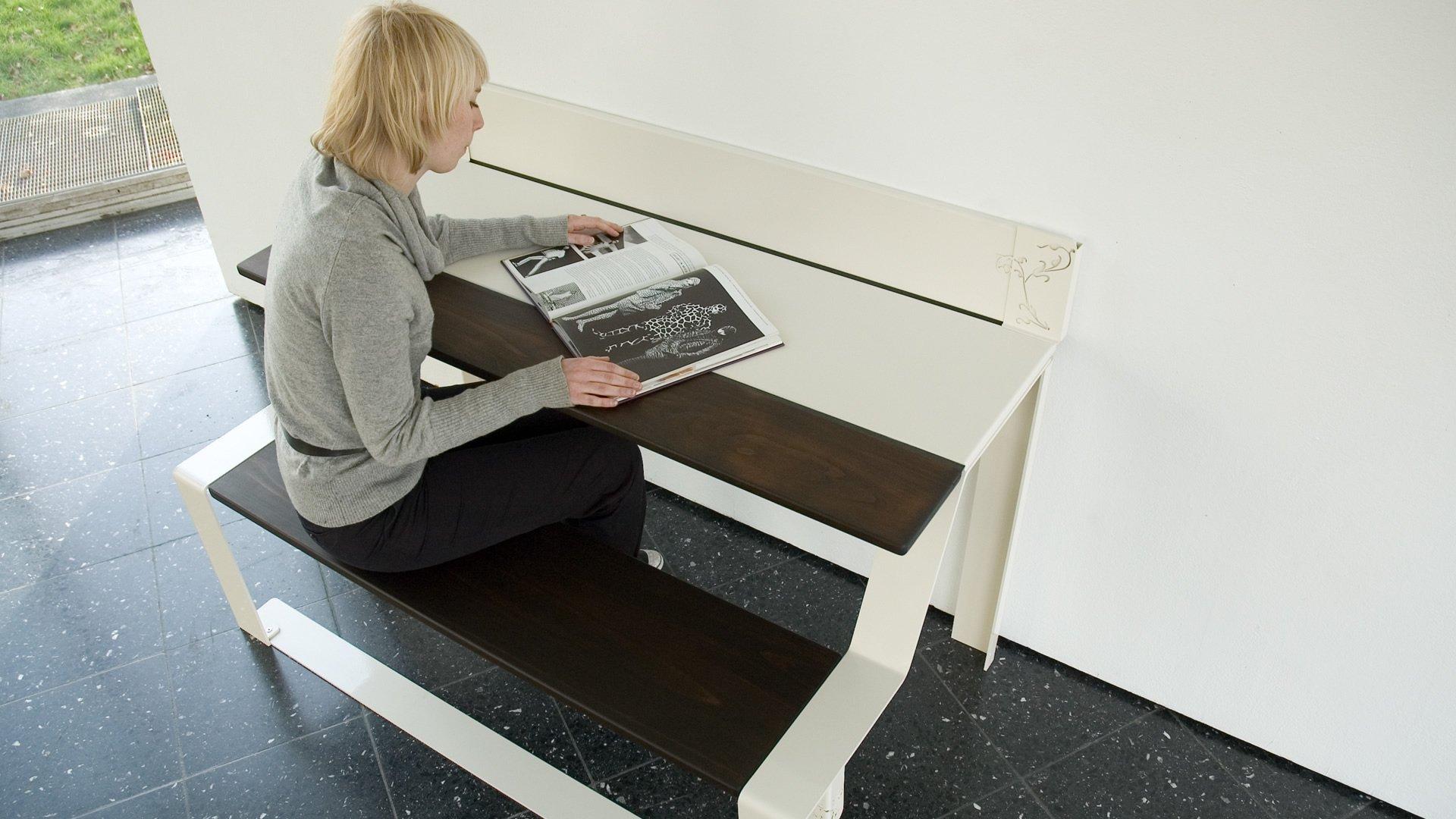 Tischbank als Schreibtisch